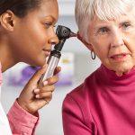 Descubra como a fonoaudiologia contribui para a qualidade de vida na terceira idade
