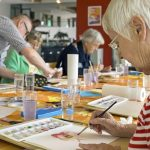 7 benefícios da terapia ocupacional para idosos em casas de repouso